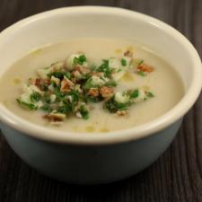 Cuby - Deliciul toamnei- Salata de telina cu nuca
